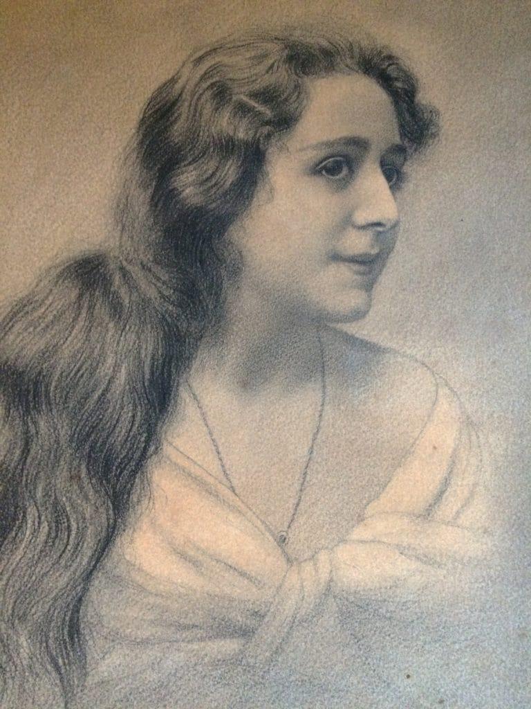 Photo-de-profil-hélène-néra