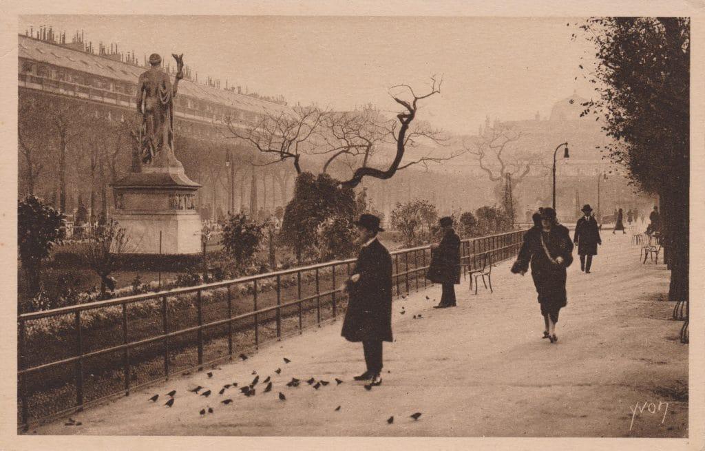 Paris-Jardin-du-Palais-Royal